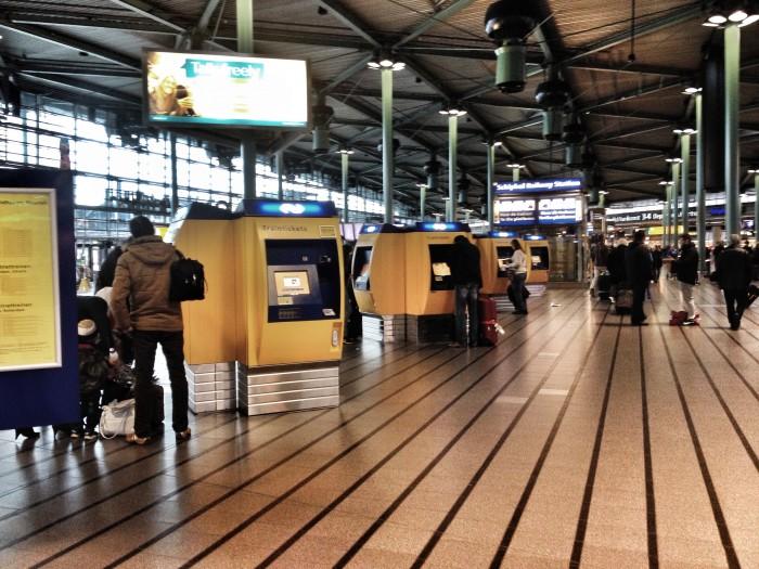 Aeroporto Amsterdam : Do aeroporto de amsterdam para o centro gt conexão