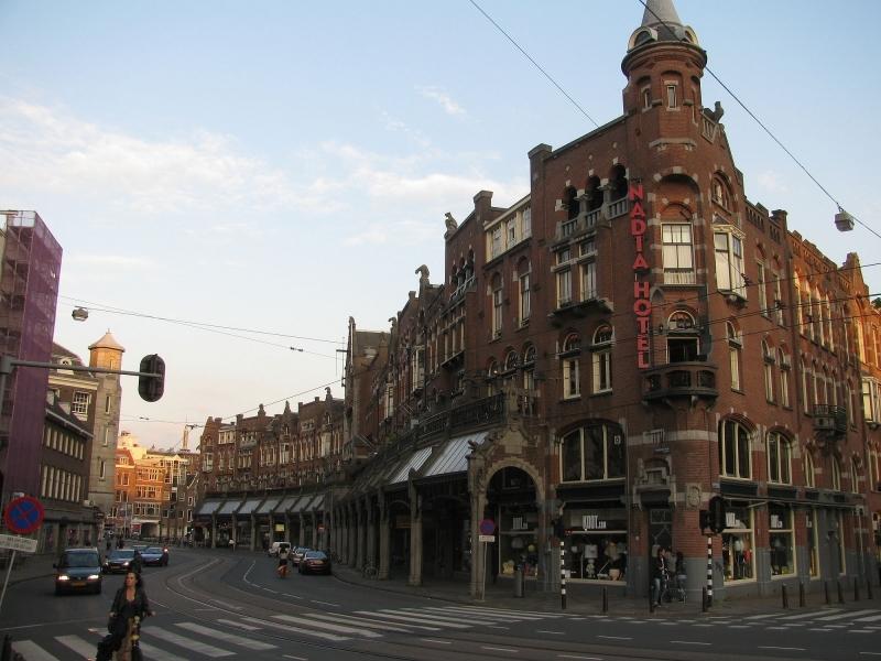 onde-se-hospedar-em-amsterdam-fachada-nadia-hotel